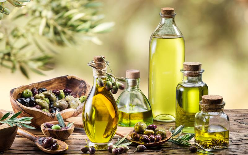 cinque terre olive oil  tour